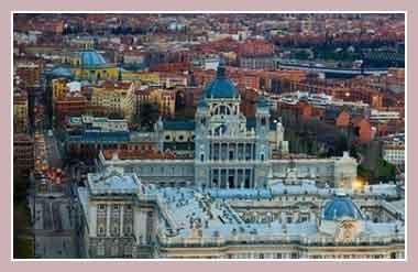 Паласио Реаль.  Дворец короля Испании