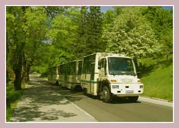 панорамный автобус на Плитвицких озерах