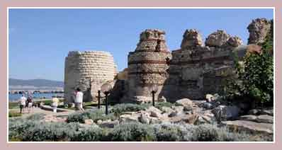 Крепостные стены Несебра