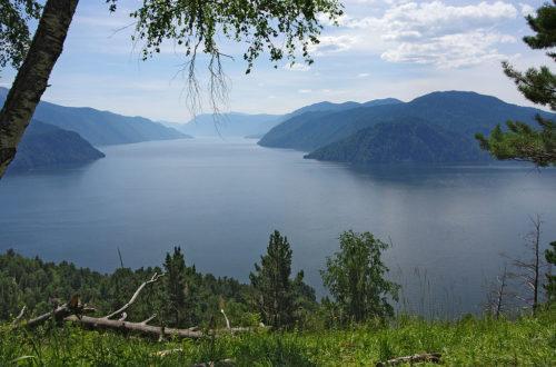 """фото по запросу """"Телецкое озеро, горный алтай: как добраться, цены, базы отдыха и достопримечательности"""""""