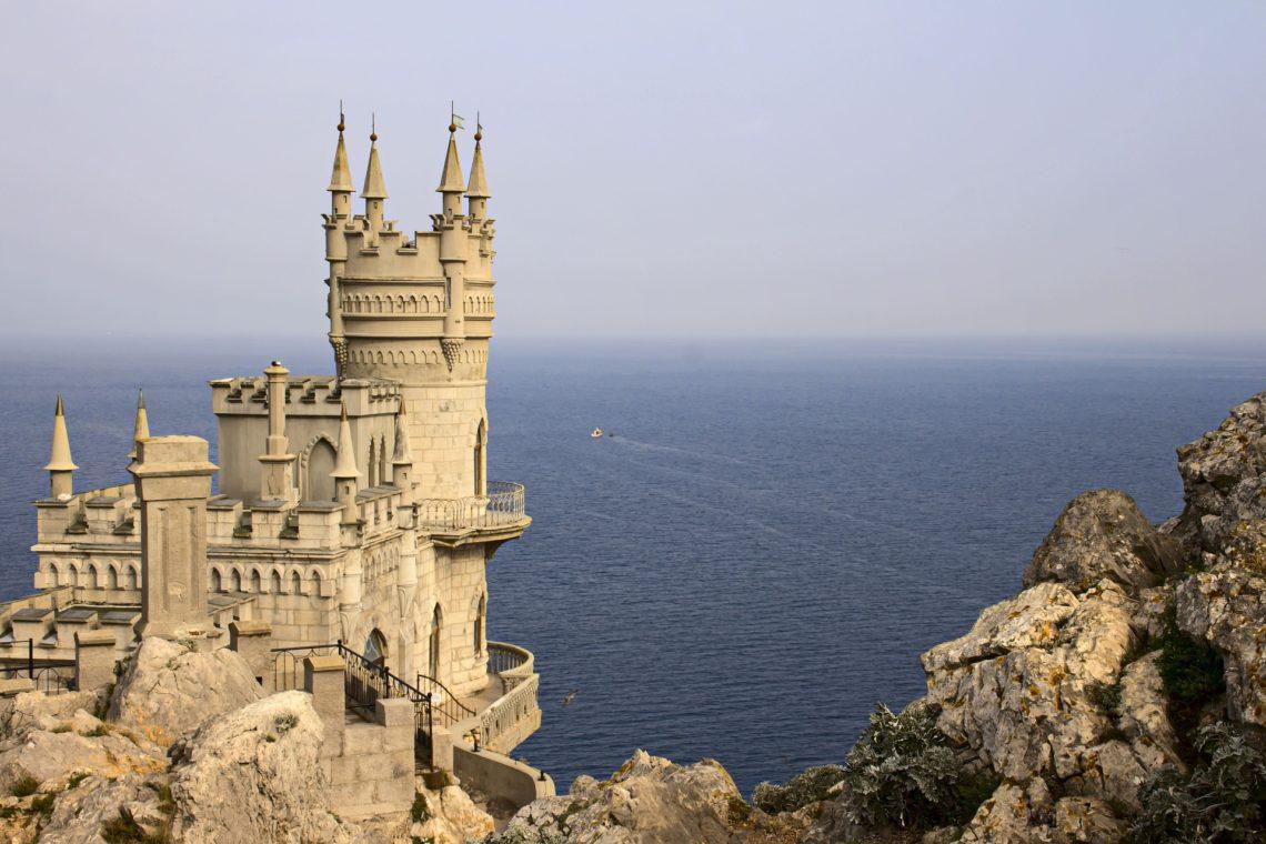 Замок Ласточкино Гнездо, Крым