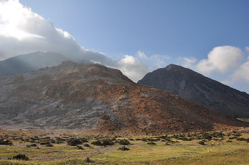 острова Греции с прямым рейсами из России: Кос, вулкан Нисирос