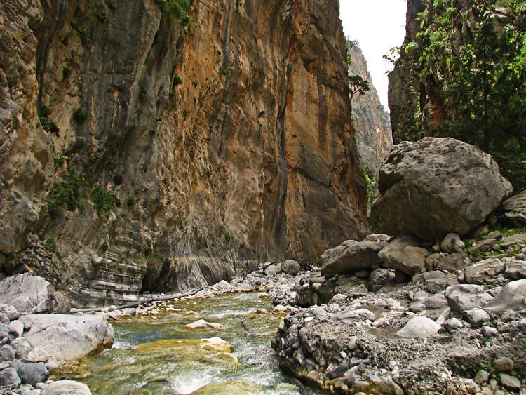 острова Греции с прямым рейсами из России: Крит, Самарийское ущелье