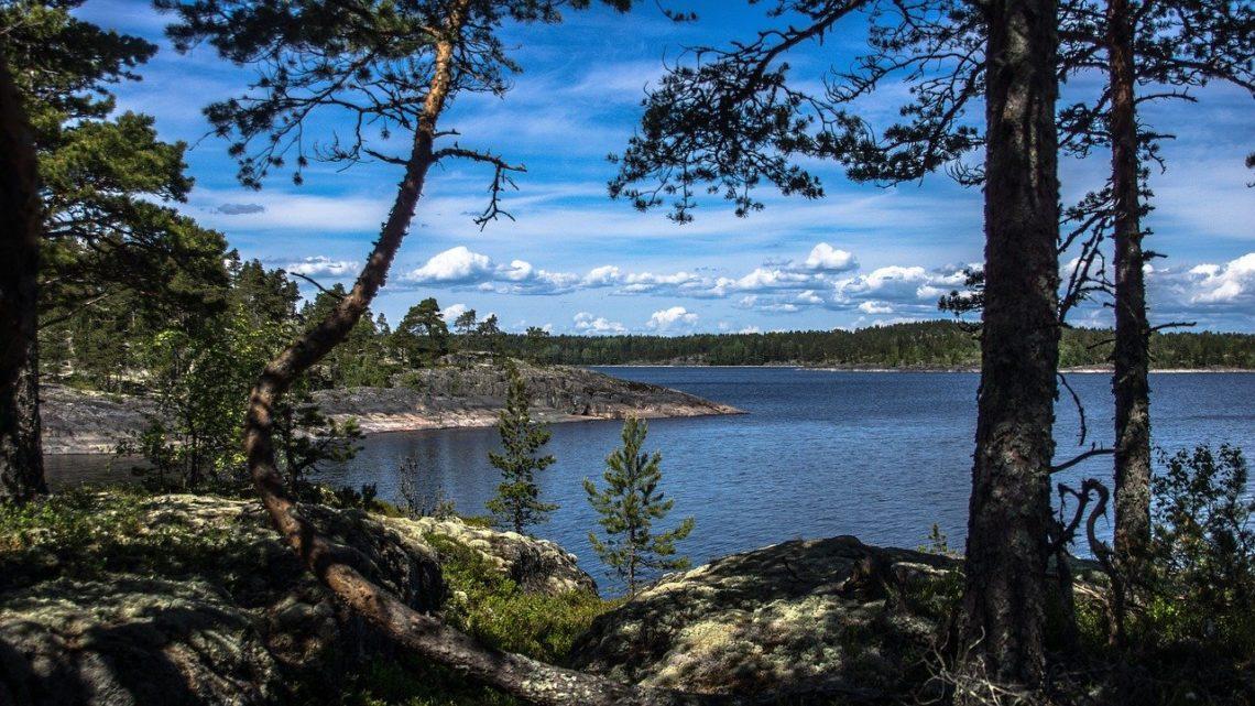 Отдых на Ладожском озере, Карелия: как добраться, в каком районе жить, что посмотреть