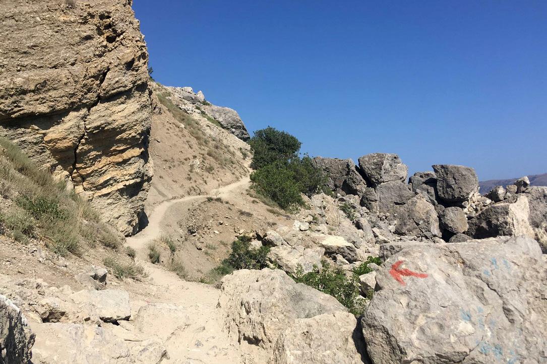 Гора и мыс Алчак, Судак, Крым: экологическая тропа